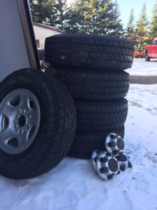 ALL SEASON 245/75R/16 TOYO truck tires with RIMS