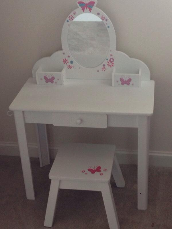 Elc wooden dressing table in south queensferry for 90cm dressing table