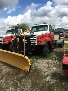 2000 sterling plow truck only 14000 kms