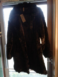 Size 2X FAUX FUR COAT*NEW GIFTABLE*AD'S UP,IT'S STILL AVAILABLE