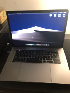 2018 15-inch MacBook Pro for $3000 in MINT CONDITION
