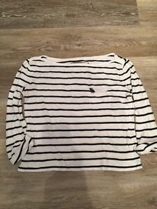 SZ SMALL ABERCROMBIE & FITCH SHIRT-$5 TAKES IT