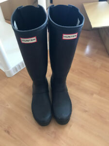 Hunter Rain Boots Pickup only