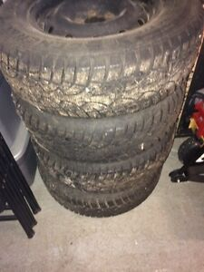 225 70 r 16 winter tires off Santa fe