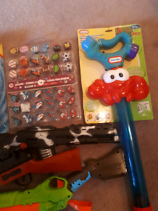 ASSORTED SUMMER TOYS!