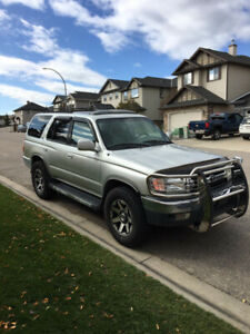 2001....4RUNNER ...NEW ENGINE WITH 95,000KMS....ONLY