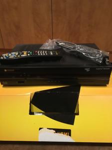 ENREGISTREUR VIDÉOTRON HD 500G 8642HD AVEC MANETTES ET FILS!