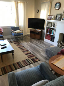 Main Floor ... Downtown Camrose for rent... 4808-49 Street