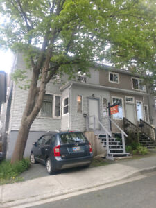 House for Sale in Georgetown
