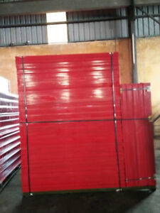 Unused construction fencing panels for wholesale