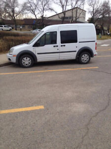 FORD TRANSIT CONNECT MINI CARGO VAN