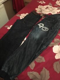 Youth jeans waist 28