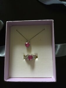 Necklace and ring set