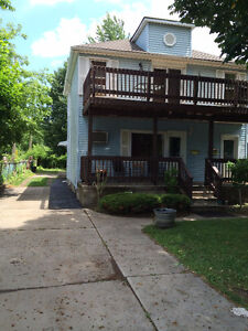 3 BEDROOM 2 BATH UPPER DUPLEX UTILITIES INCLUDED !