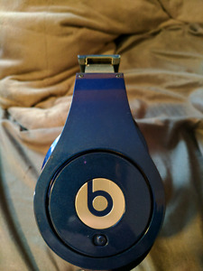 Beats by Dre studio (wired)