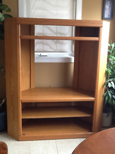Corner unit oak TV stand