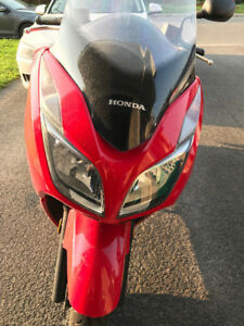 2014 Honda Forza ABS Maxi Scooter 300cc - Reduced Price
