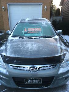 À vendre -- Prix: 3,999$ -- Hyundai Elantra Touring GL Hatchback