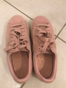 USED SHOES FOR SALE-Suede Classic Chain Women's Sneakers
