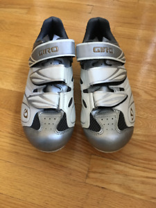 Women's Giro Cycling Shoes - Size 40