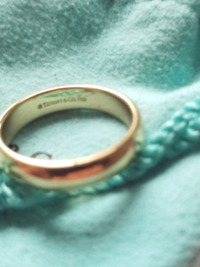 TIFFANY CLASSIC  Gold Wedding Band Ring