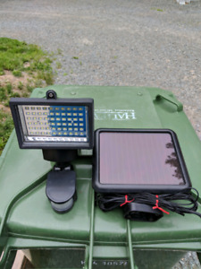 Noma 750 Lumens Solar Powered LED Motion Light