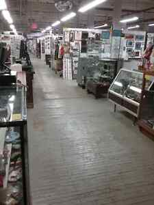 Coin collections, bills stamps & 600 booths to explore  Cambridge Kitchener Area image 9