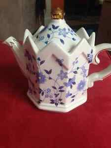 China Tea Pot (Windsor)