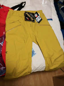 Brand New with Tags Arc'Teryx Snow Pants, Large