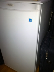 3.2 cubic foot New Danby Refrigerator selling cheap!!!!