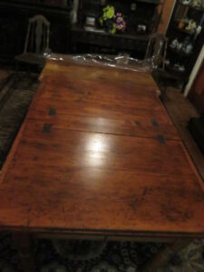 Pine Hinge Top Table