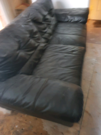 3 seater +2 seater +1 seater leather brown sofa. Good clean condition