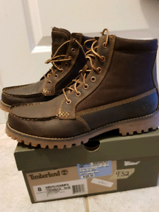 Brand new Timberland Oakwell boots - Mens Size 8