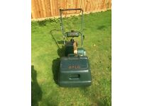 Atco Commodore B12 Self propelled Petrol lawnmower