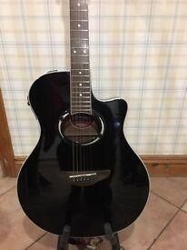 Stunning black Yamaha electic/accoustic guitar APX 500