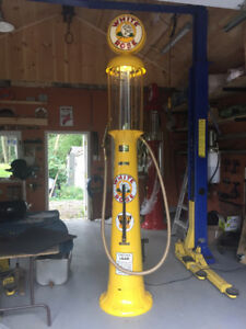 Wayne 515 GAS PUMP; Shell, RED INDIAN, White Rose, TEXACO