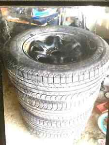 Michelin X Ice 245/70/R17 with rims and pressure sensors