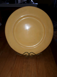 Ceramic Plate with stand