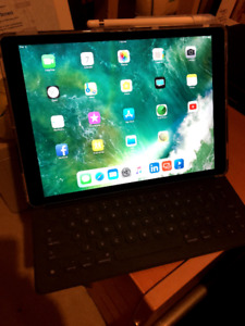 """Like NEW PACKAGE DEAL 2 HP Laptops and 1 iPad Pro (12.9"""")"""