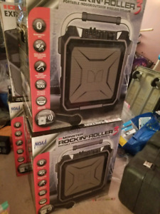 Monster Rockin Roller 3, 3 speakers with issue,  price for all