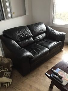 sofa causeuse en cuir noir