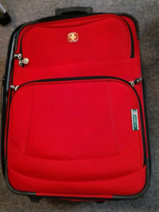 Swiss gear carry on luggage valise.
