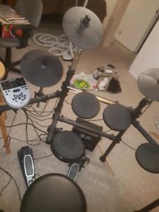 Alesis Dmx7 Electric Drums