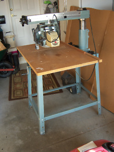 "Delta 10"" Radial Arm Compound Mitre Saw"