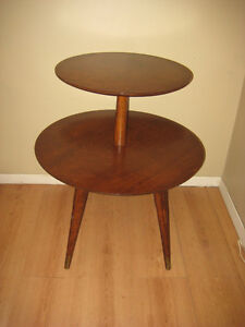 VINTAGE 2 TIERED ROUND TEAK TABLE