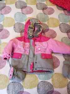 Girl snow suit with mittens Gatineau Ottawa / Gatineau Area image 6