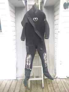 Men's Large Whites SCUBA Diving Drysuit