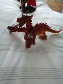 Three headed dino / dragon