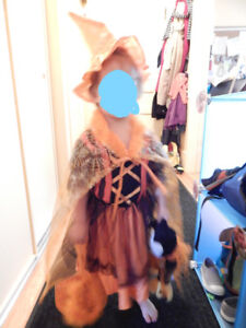 witch todler costume size 3-4