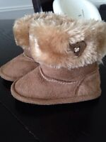 Soft sole baby boots- size 3